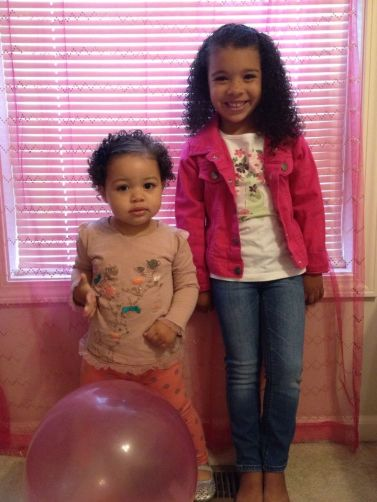 Alyssa's daughters: Aria (1) and Ava (4)